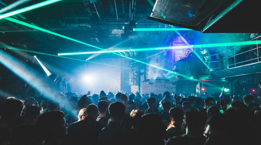 Vaccine Passports Mandatory for Entry to English Nightclubs from September