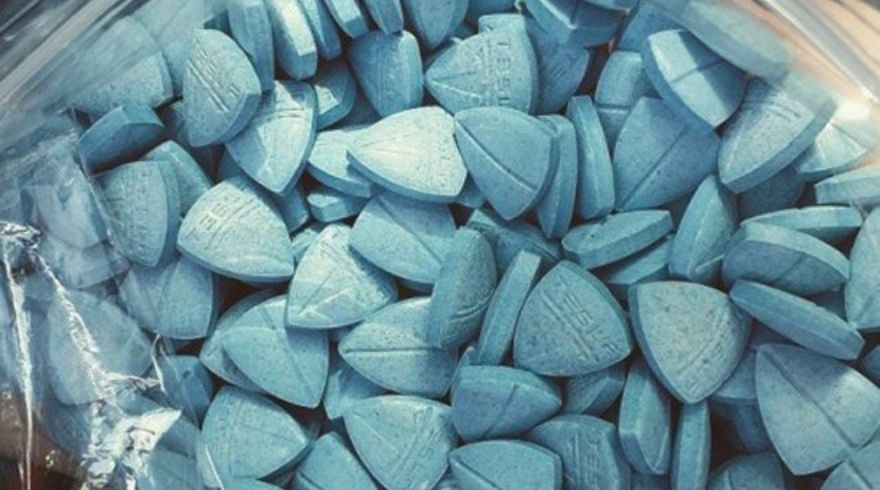 Blue Teslas - the Extra-strong Pill Taking Clubs and Festivals by Storm