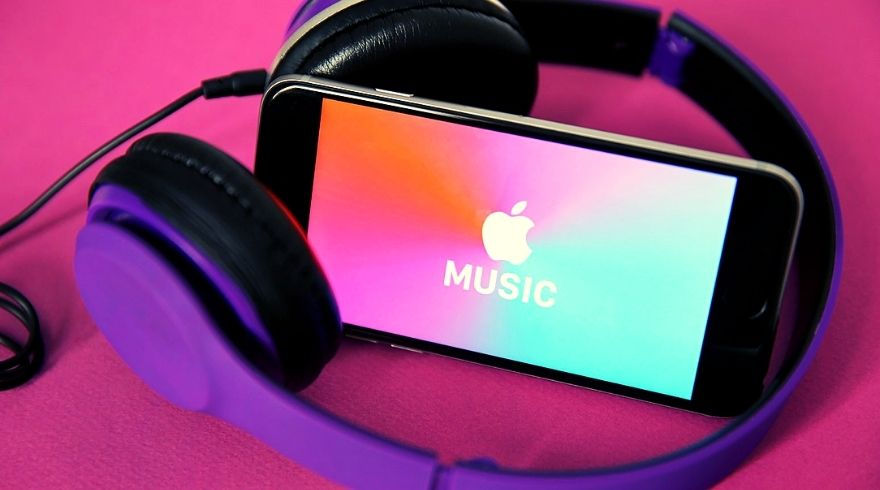 Apple Music moves to support artists by allowing monetisation of DJ mixes.